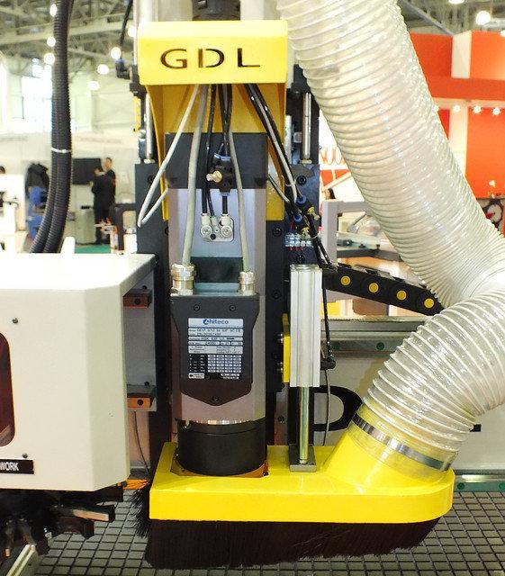 LTT-G1325C (GDL) Фрезерный станок с ЧПУ с револьверной сменой инструмента